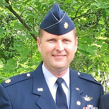 Retired U.S. Air Force Major David Arlen Smithhart ('97, WW)